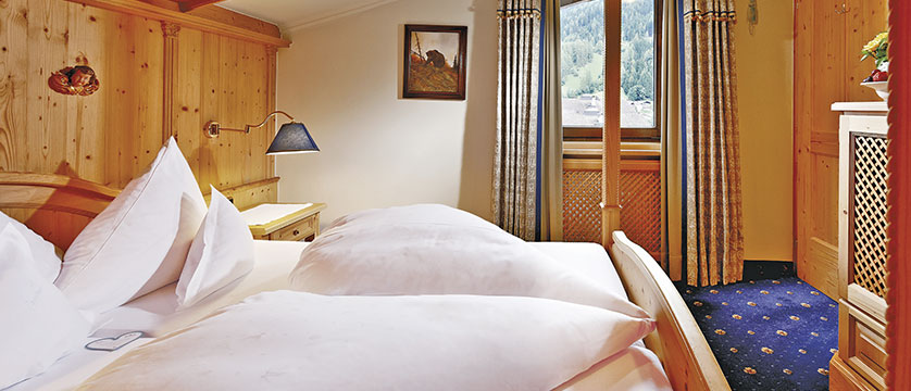 Jagdhof Spa Hotel, Neustift, Austria - bedroom.jpg